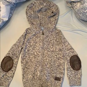 Gap Marled Grey Sweater w faux patches size 5 YRS